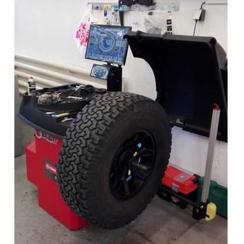 Vyvažovačka CB76 Automat 3D - 2