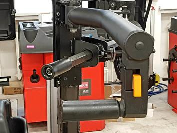 Zouvačka LC889NS s automatickým palcem   - 2