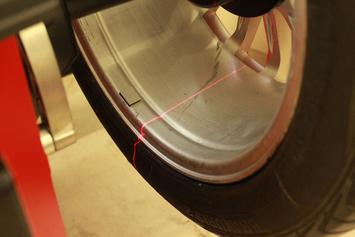 Vyvažovačka CB78P Automat 3D s dotykovým displejem a diagnostikou - 5