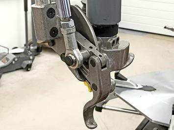 Zouvačka LC889NS s automatickým palcem   - 7